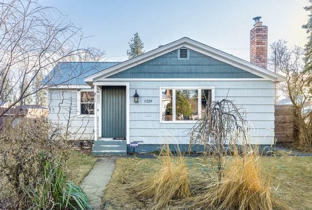 1229 W Bismark Ave, Spokane, WA 99205 (#202110753) :: Alejandro Ventura Real Estate