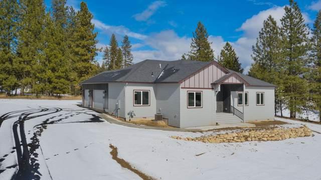 3519 E Chattaroy Rd, Chattaroy, WA 99003 (#202111726) :: The Spokane Home Guy Group