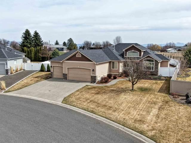 9702 N Northview Ln, Spokane, WA 99208 (#202113674) :: The Spokane Home Guy Group