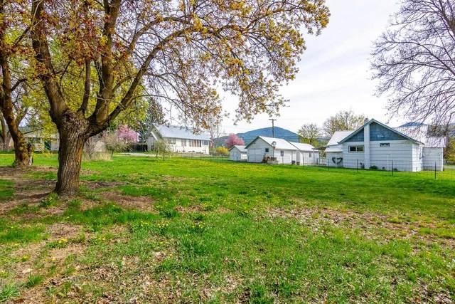 7XX W Lincoln Ave, Chewelah, WA 99109 (#202116442) :: Freedom Real Estate Group