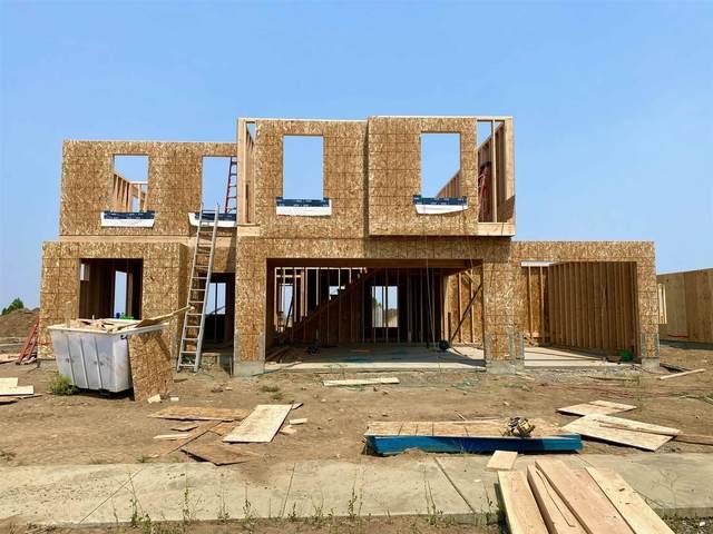 13016 W Pacific Ave, Airway Heights, WA 99001 (#202117855) :: Bernadette Pillar Real Estate