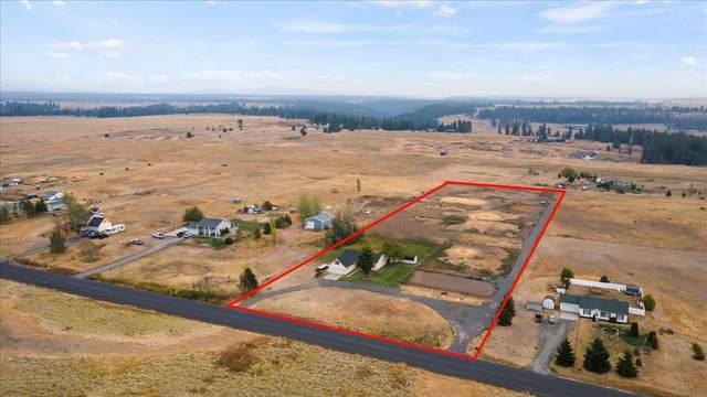 6418 N Wood Rd, Reardan, WA 99029 (#202122062) :: The Spokane Home Guy Group