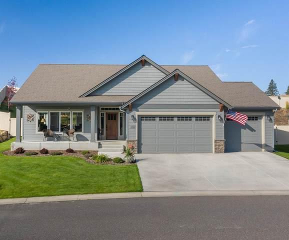 5311 N Scenic Ln, Spokane, WA 99217 (#202122289) :: RMG Real Estate Network
