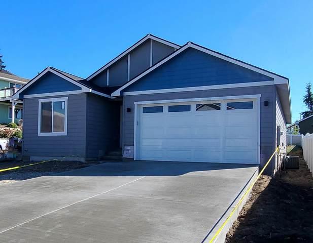 4716 N Woodlawn Ln, Spokane Valley, WA 99216 (#202122690) :: Trends Real Estate