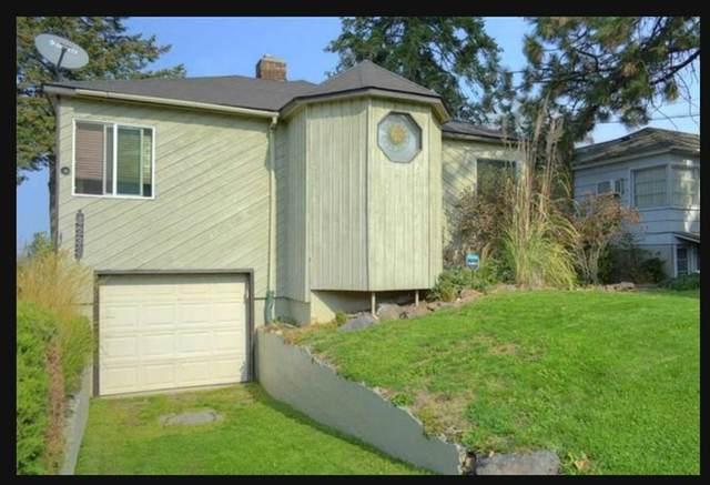 4233 E 8th Ave, Spokane, WA 99202 (#202123676) :: Bernadette Pillar Real Estate