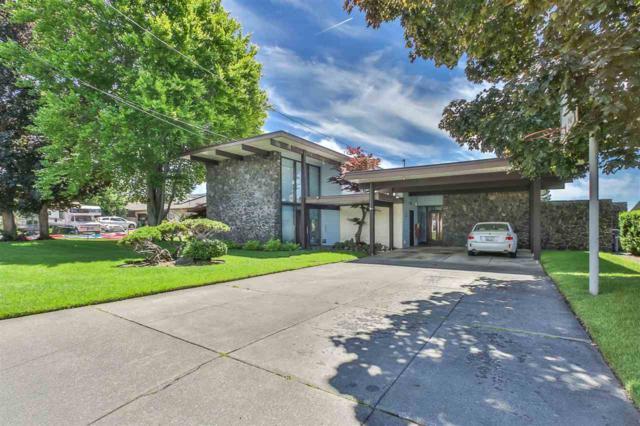 1203 W Glass Ave, Spokane, WA 99205 (#201911778) :: Top Spokane Real Estate
