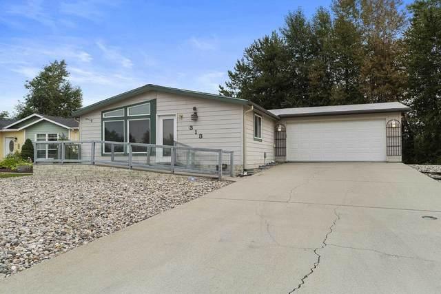 313 E Meadowmere Way, Deer Park, Wa 99006 Way, Deer Park, WA 99006 (#202121010) :: Bernadette Pillar Real Estate
