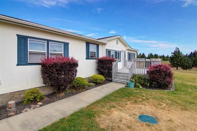 1702 W Dennison-Chattaroy Rd, Deer Park, WA 99006 (#202019370) :: The Spokane Home Guy Group