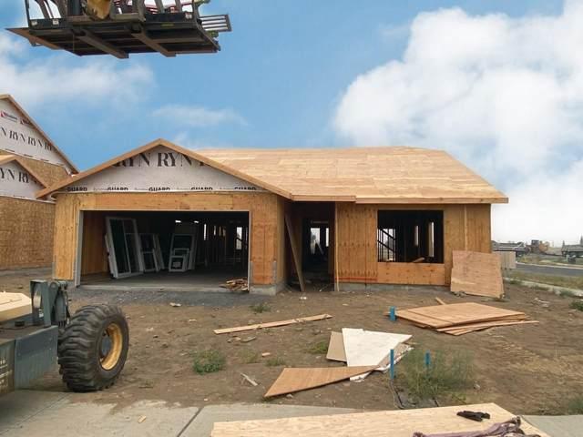 13006 W Pacific Ave, Airway Heights, WA 99001 (#202117706) :: Bernadette Pillar Real Estate