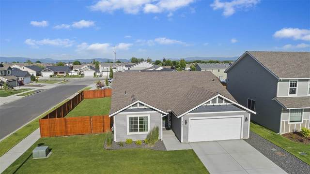 8996 N Cheltenham Ct, Spokane, WA 99208 (#202016925) :: Top Agent Team