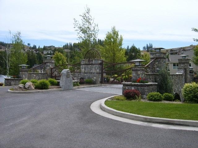 1162 E Wandermere Estates Ln, Spokane, WA 99208 (#201713965) :: The Jason Walker Team