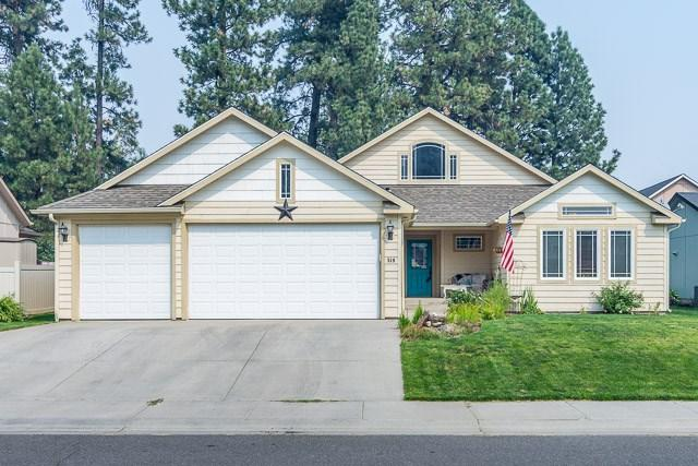 519 S Stanley St, Medical Lk, WA 99022 (#201724145) :: 4 Degrees - Masters