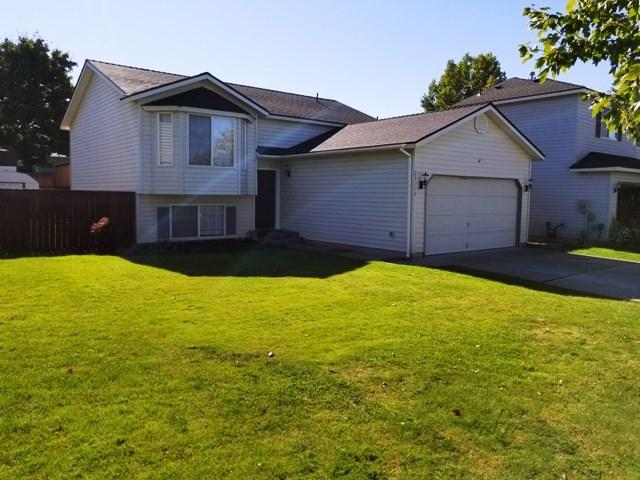 23114 E Maxwell Ave, Liberty Lk, WA 99019 (#201727232) :: The Jason Walker Team