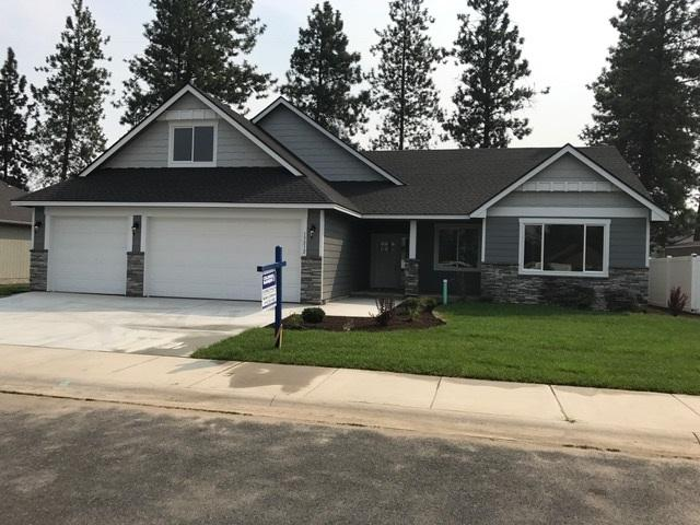 2628 N Pineglen Rd, Mead, WA 99021 (#201811241) :: The Hardie Group