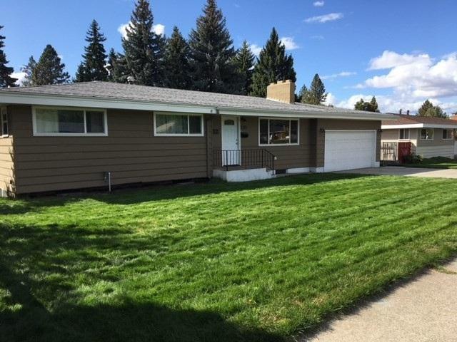 3523 W Indian Trail Rd, Spokane, WA 99208 (#201812001) :: The Spokane Home Guy Group
