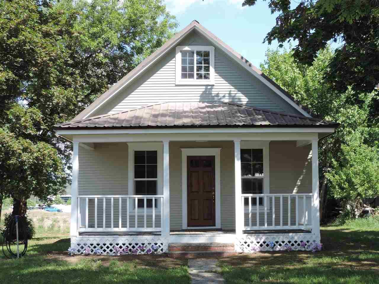 410 N Washington Ave, Newport, WA 99156 (#201817898) :: Five Star Real Estate Group
