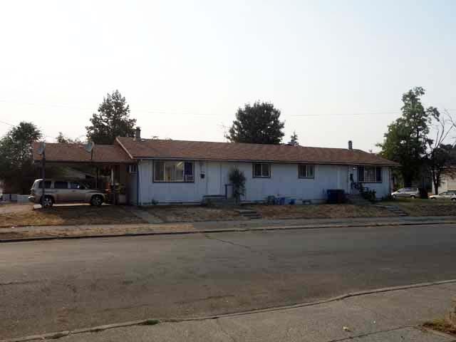 1738 E Queen Ave, Spokane, WA 99207 (#201823111) :: The Hardie Group