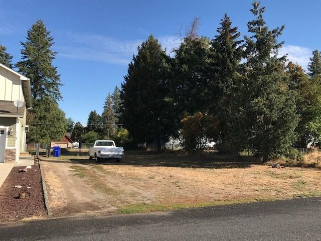 419 E E St, Deer Park, WA 99006 (#201824468) :: Top Agent Team