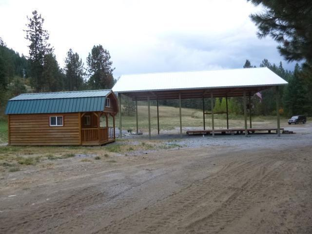 2425 N 25 Hwy, Evans, WA 99126 (#201911527) :: The Synergy Group