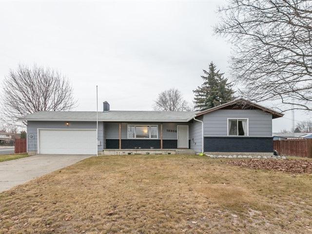 13905 E Mallon Ave, Spokane Valley, WA 99216 (#201912929) :: THRIVE Properties