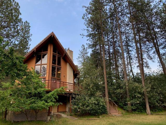 1345 Boise Rd, Kettle Falls, WA 99141 (#201916477) :: The Synergy Group