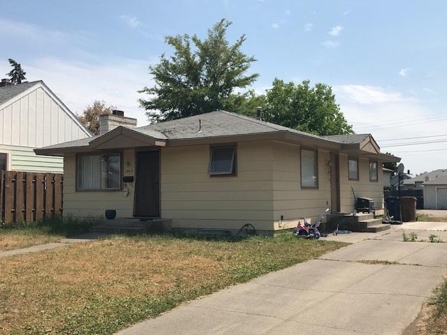 1804 E Rich St, Spokane, WA 99207 (#201916890) :: The Synergy Group