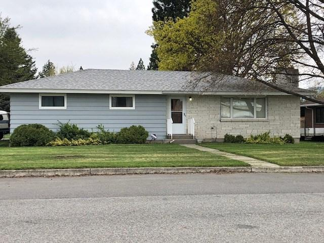 11622 E 24th Ave, Spokane Valley, WA 99206 (#201918296) :: Top Agent Team