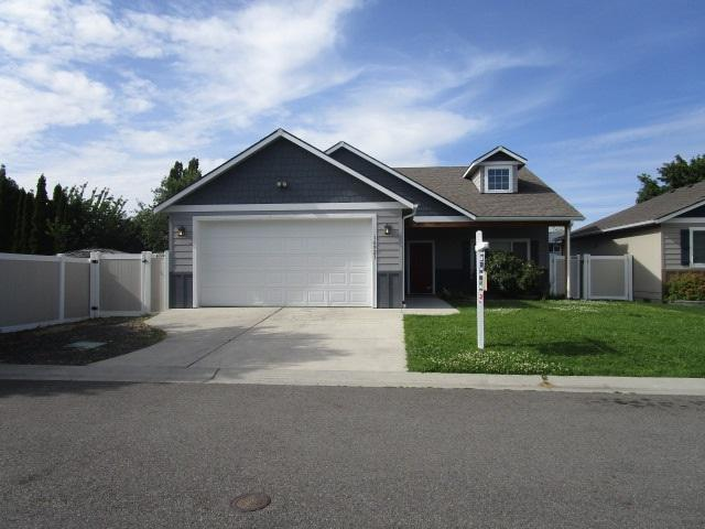 16921 E Deschutes Ln, Spokane Valley, WA 99037 (#201918588) :: The Hardie Group