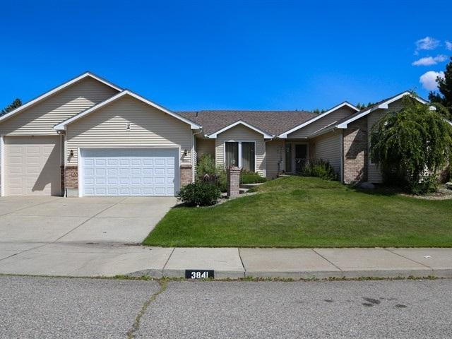 3841 S Loretta Dr, Spokane, WA 99206 (#201919800) :: The Synergy Group