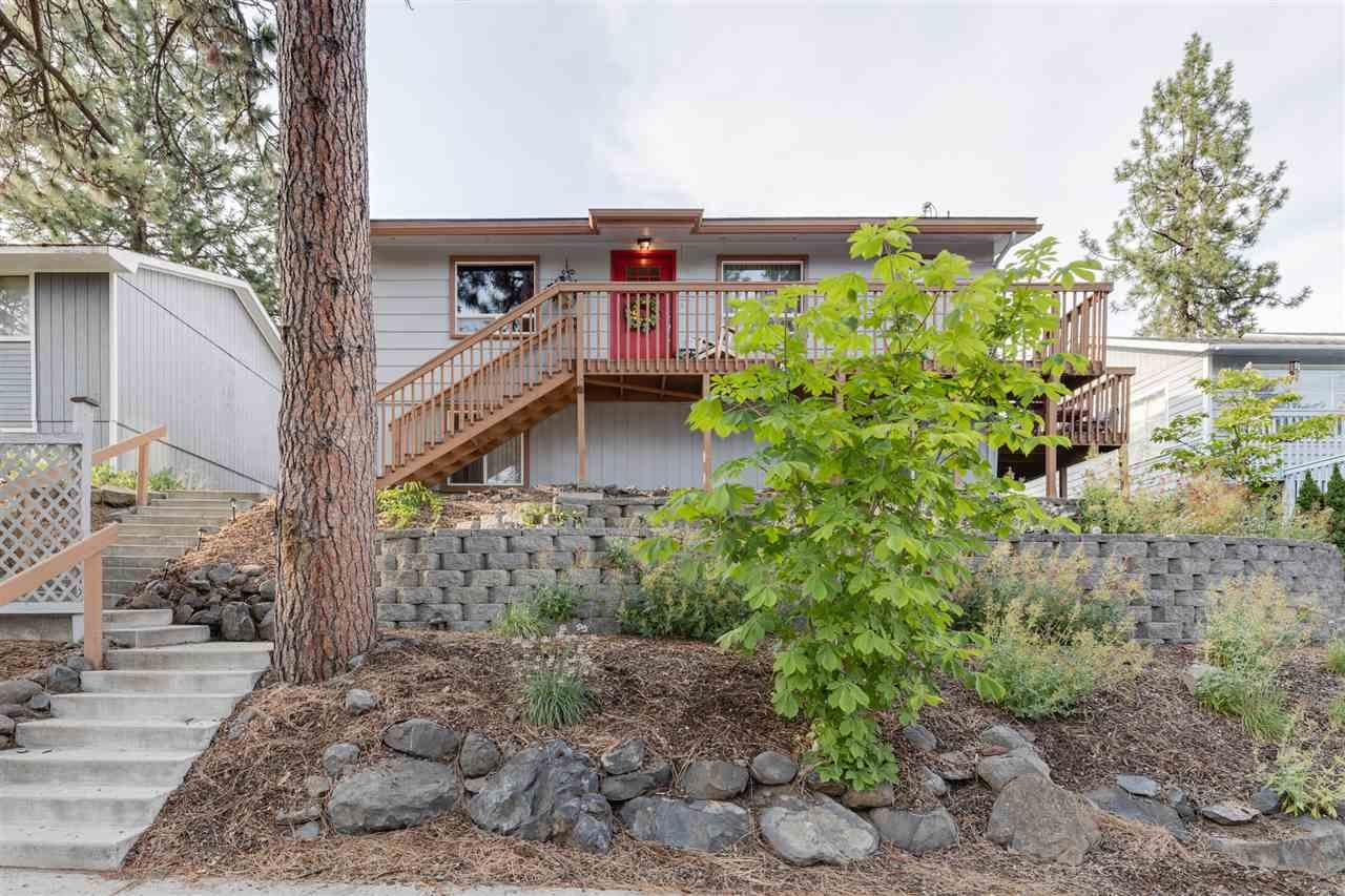 4015 36th Ave - Photo 1