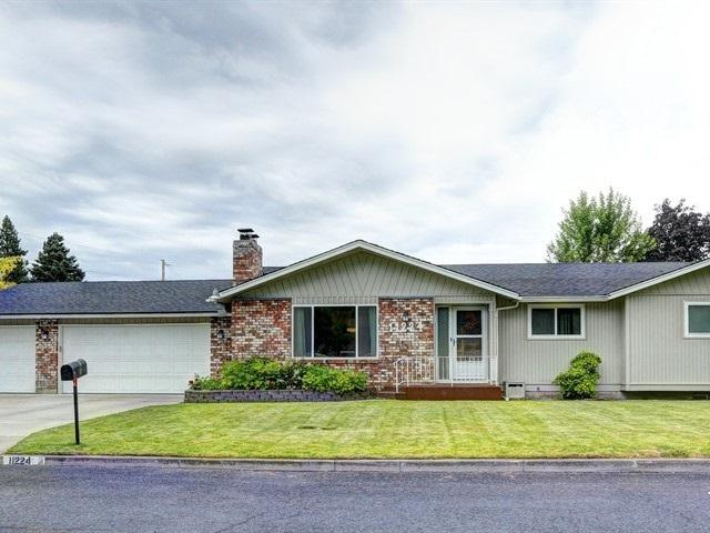 11224 E 37th Ave, Spokane Valley, WA 99206 (#201920283) :: RMG Real Estate Network