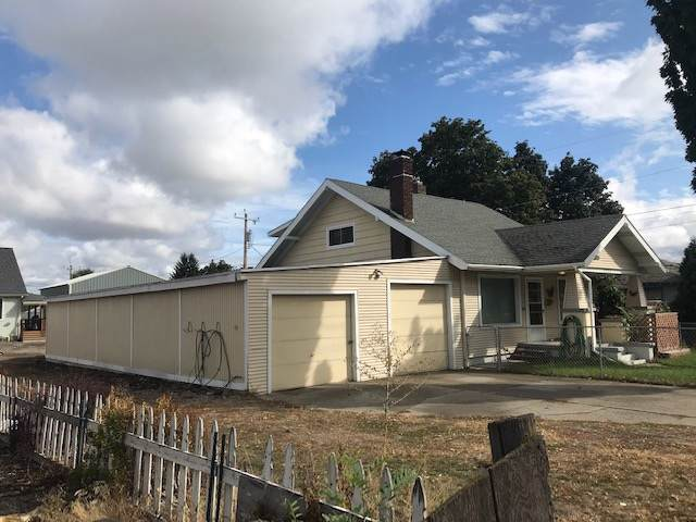 3516 N Crestline St, Spokane, PA 99207 (#201923884) :: Prime Real Estate Group