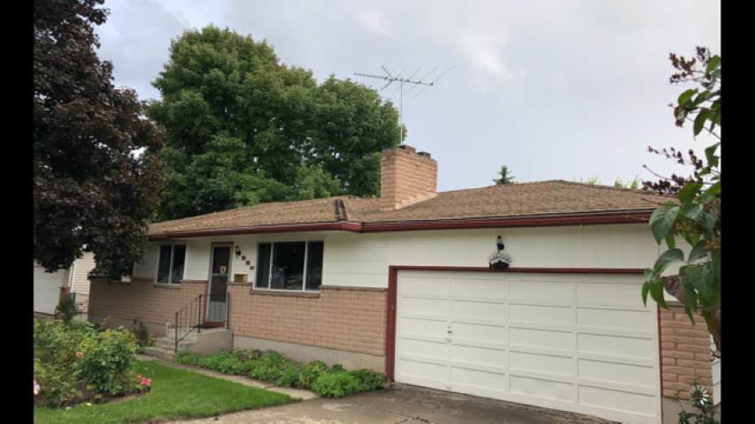 226 Gregory Dr - Photo 1