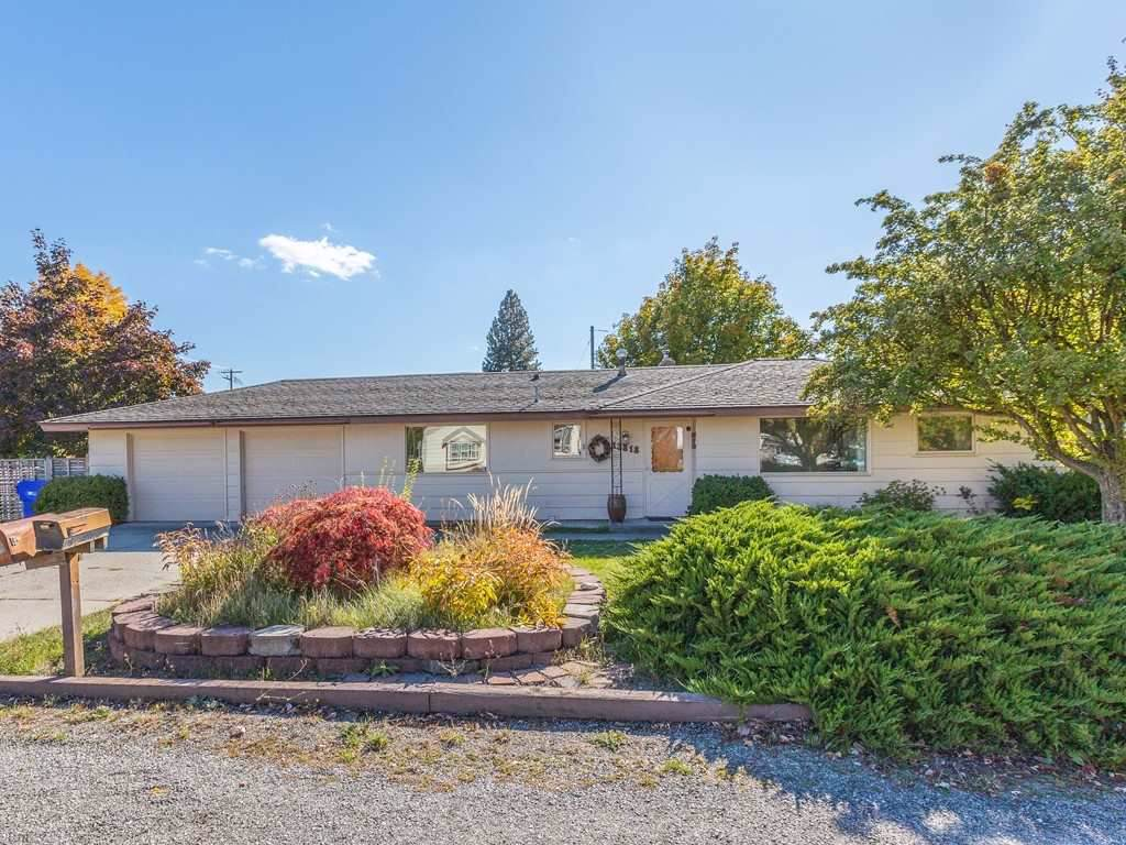 13818 24th Ave - Photo 1