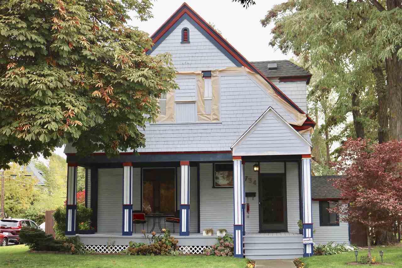 734 Indiana Ave - Photo 1