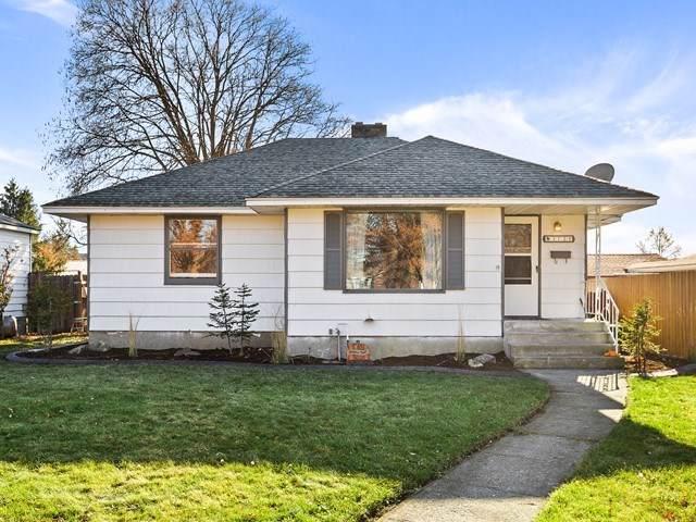 3721 W Walton Ave, Spokane, WA 99205 (#201926017) :: The Spokane Home Guy Group