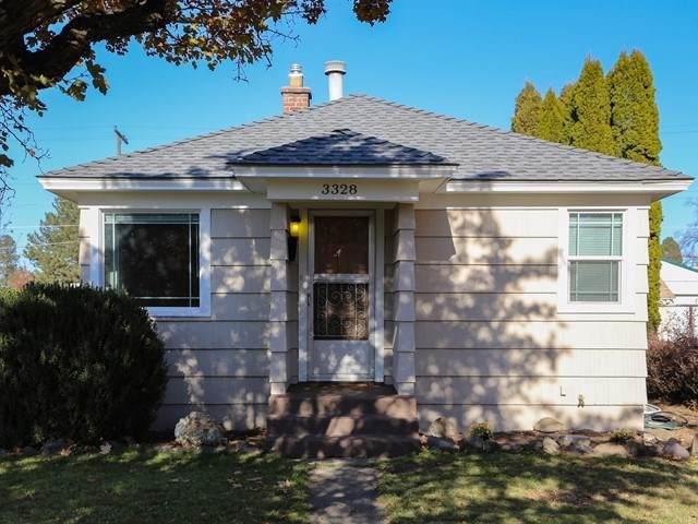 3328 W Garland Ave, Spokane, WA 99205 (#201926167) :: The Hardie Group