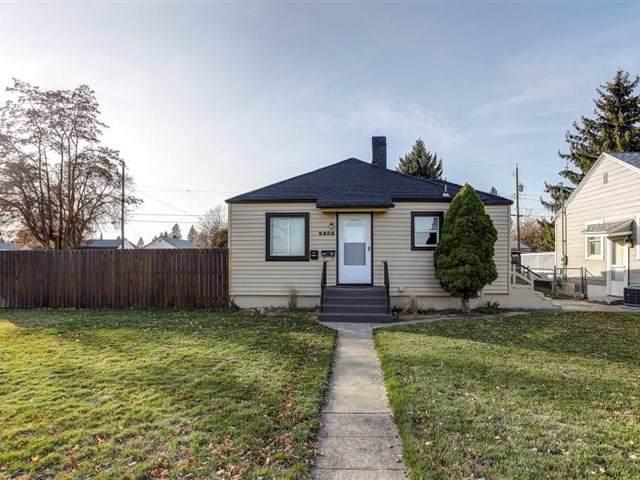 5303 N Whitehouse St, Spokane, WA 99205 (#201926216) :: RMG Real Estate Network