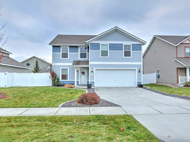 18210 E Montgomery Ave, Greenacres, WA 99016 (#201926303) :: Top Agent Team