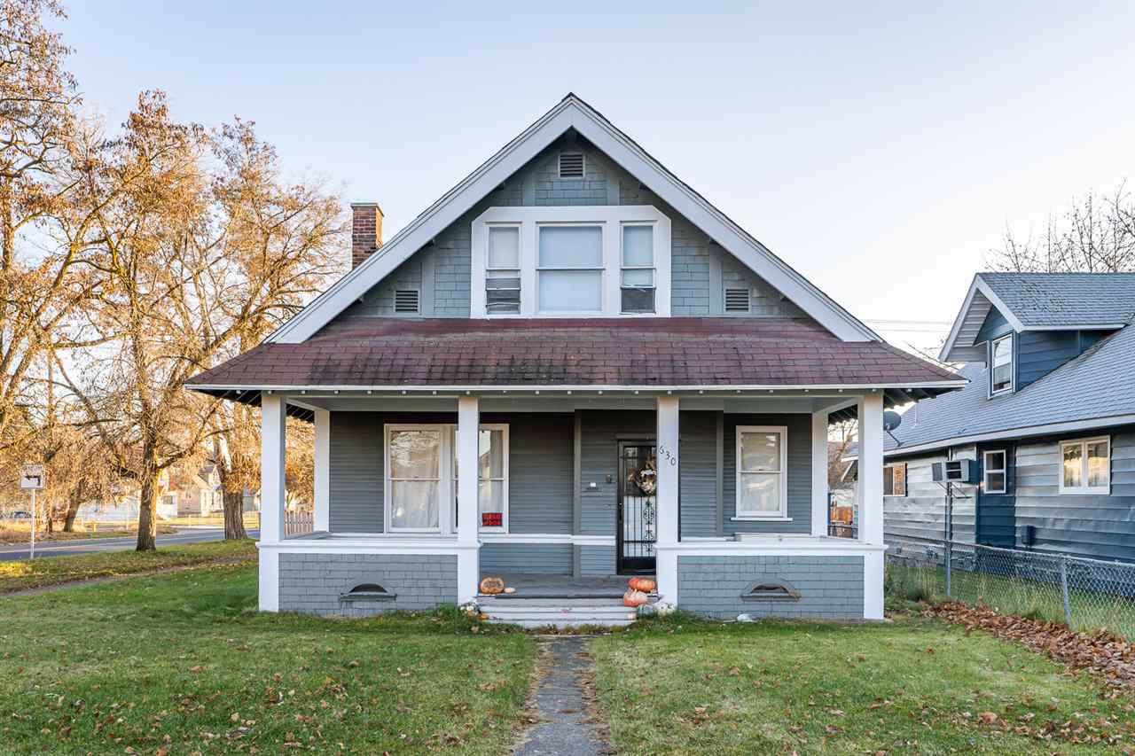630 Montgomery Ave - Photo 1