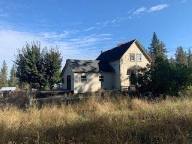 3303 N Old Trail Rd, Spokane, WA 99224 (#201926808) :: The Spokane Home Guy Group