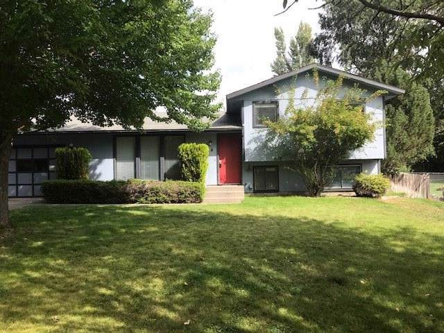 514 E Shenandoah St, Spokane, WA 99208 (#201927084) :: The Spokane Home Guy Group