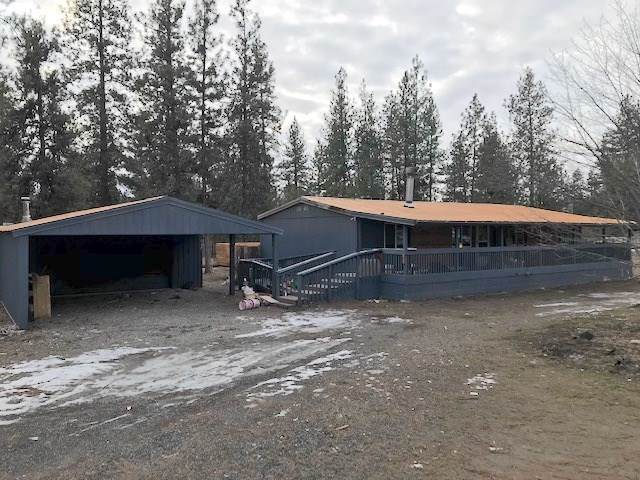 6427 Timber Dr, Nine Mile Falls, WA 99026 (#202010406) :: The Hardie Group
