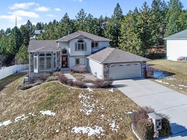 5705 N Hermosa Ct, Spokane Valley, WA 99027 (#202011548) :: Keller Williams Realty Colville