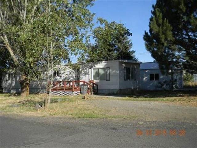 202 Washington St, Davenport, WA 99122 (#202011765) :: The Spokane Home Guy Group