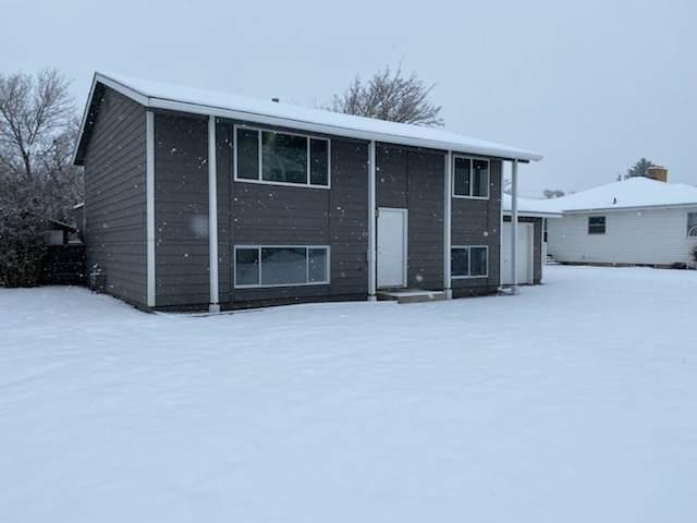 2920 N Stout Rd, Spokane, WA 99206 (#202011915) :: The Hardie Group