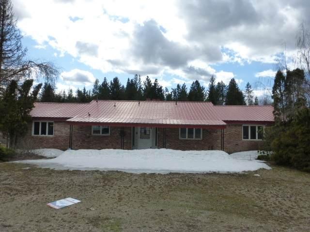 4310 E Eloika Rd, Chattaroy, WA 99003 (#202012815) :: The Spokane Home Guy Group