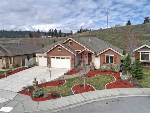 1711 N Rim View Ct, Spokane, WA 99224 (#202013974) :: The Spokane Home Guy Group
