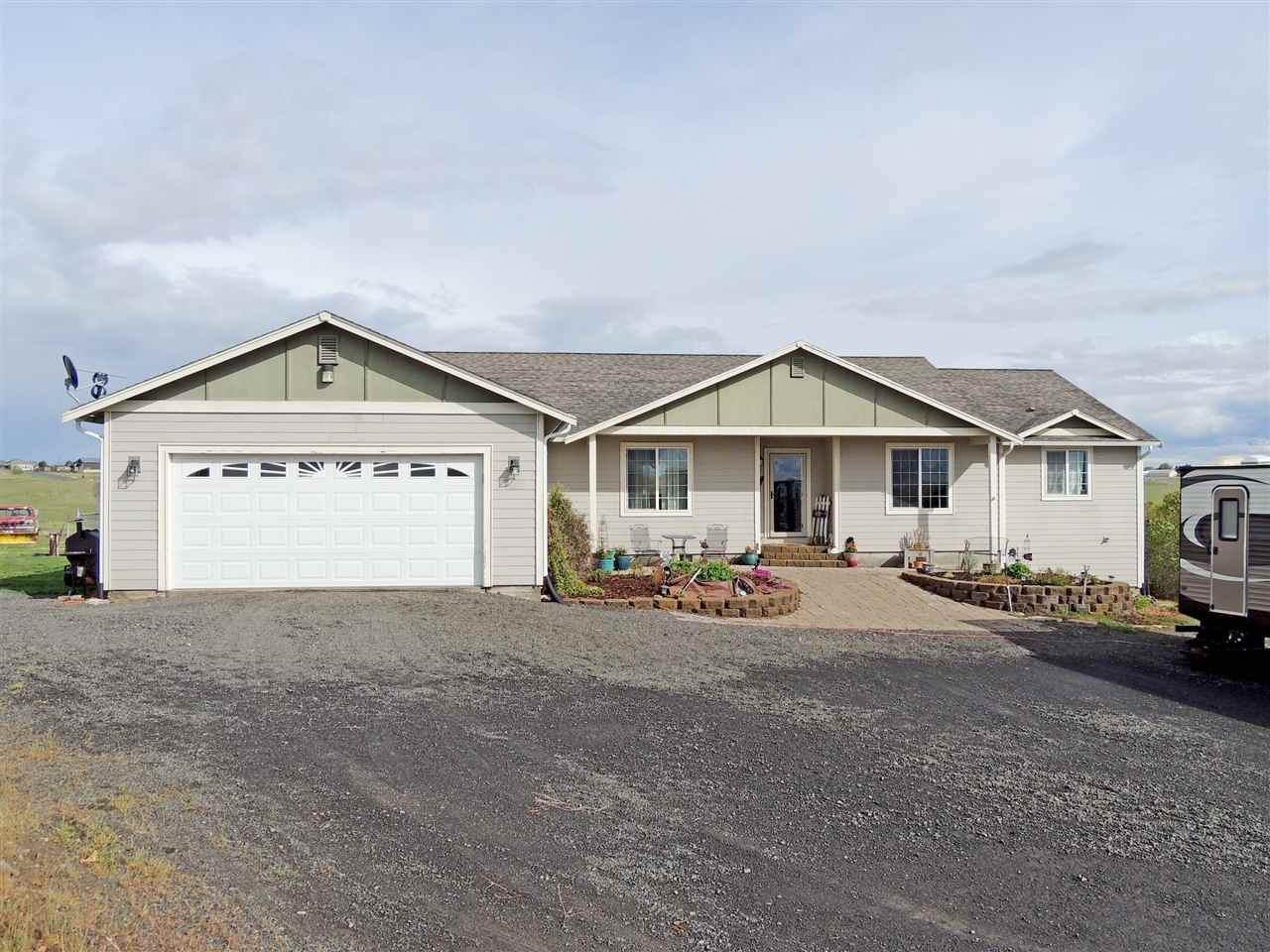 37605 Cottonwood Creek Rd E - Photo 1