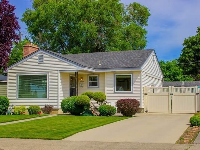 1324 W Gordon Ave, Spokane, WA 99205 (#202016651) :: Prime Real Estate Group